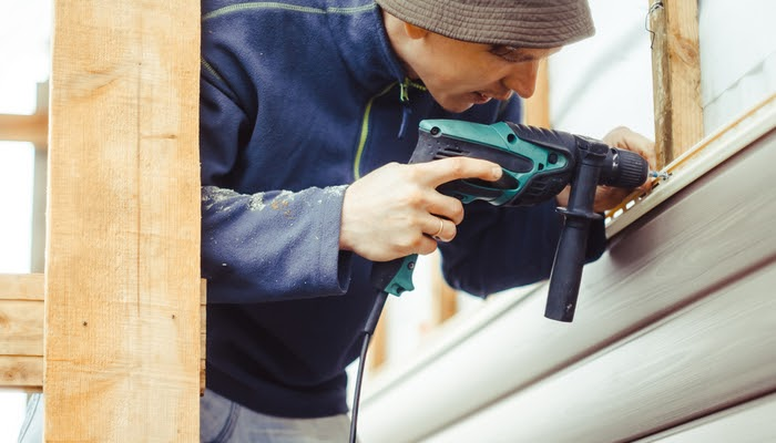 how does vinyl siding installation work